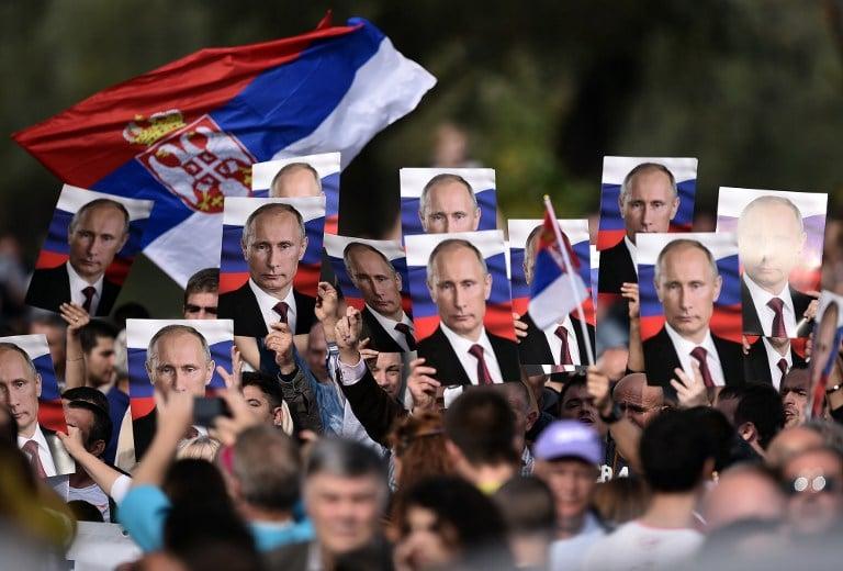 Az EU helyett Oroszország felé fordulnának a szerb fiatalok