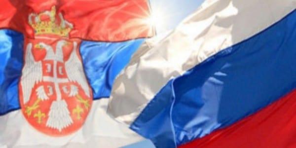 Az EU nyomására Szerbia fél évre felfüggesztett minden közös hadgyakorlatot