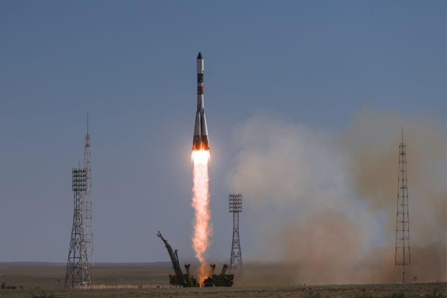 Két orosz és egy amerikai űrhajós indult a Nemzetközi Űrállomásra