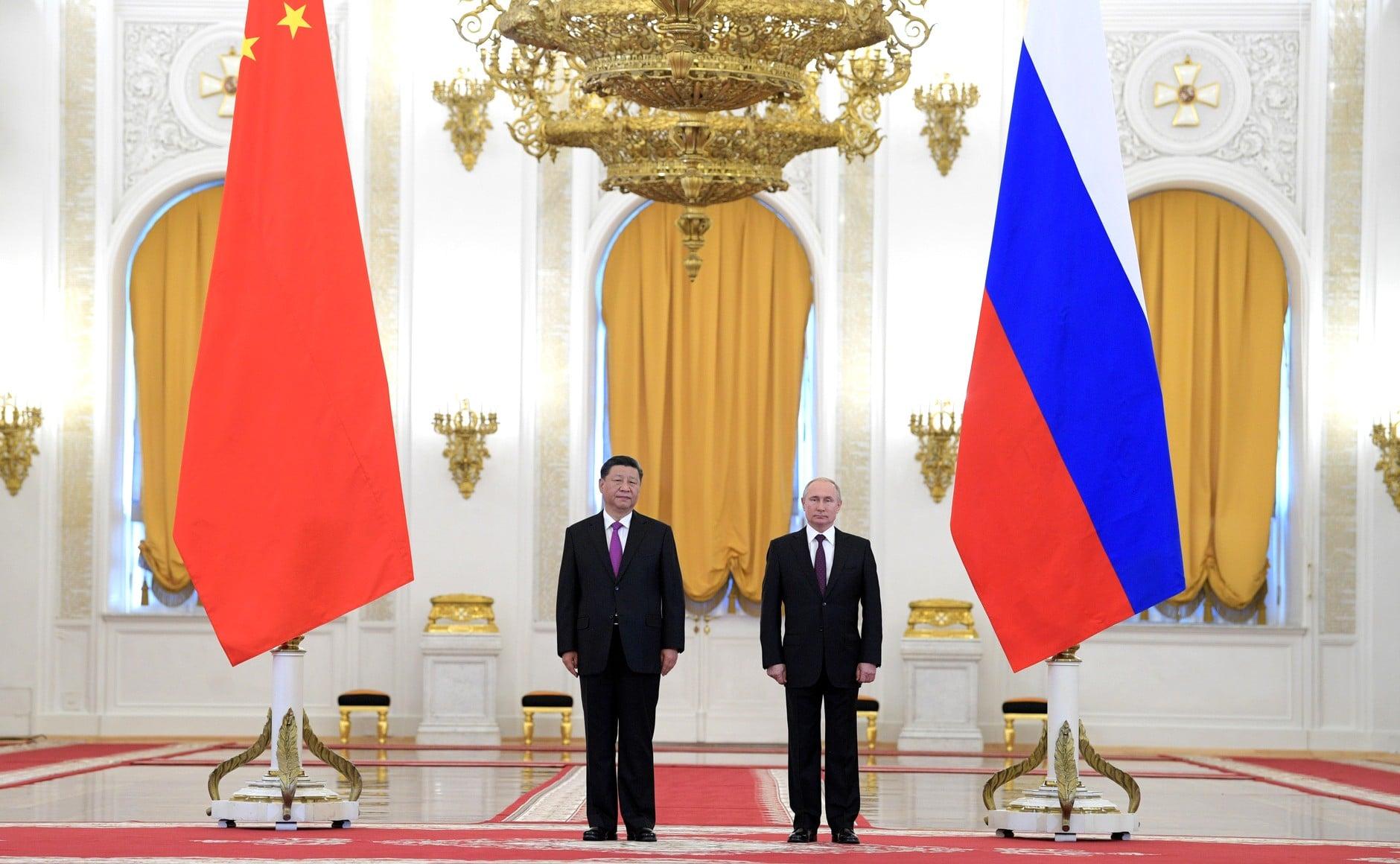 Bírálta a Pekinggel szembeni amerikai vádakat az orosz és a kínai elnök