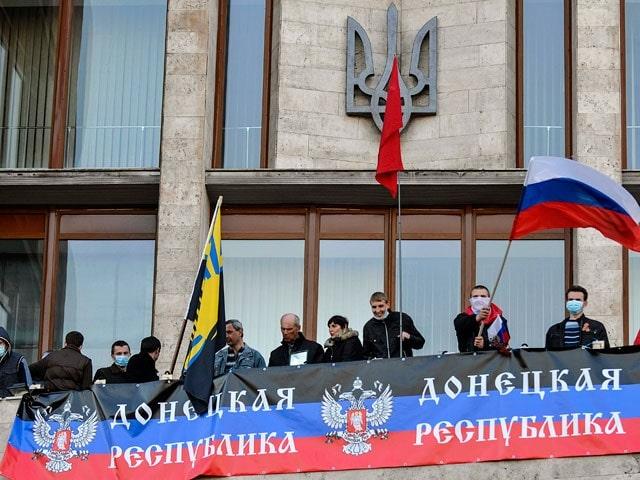 A Donbassz hazakészül, Oroszországba