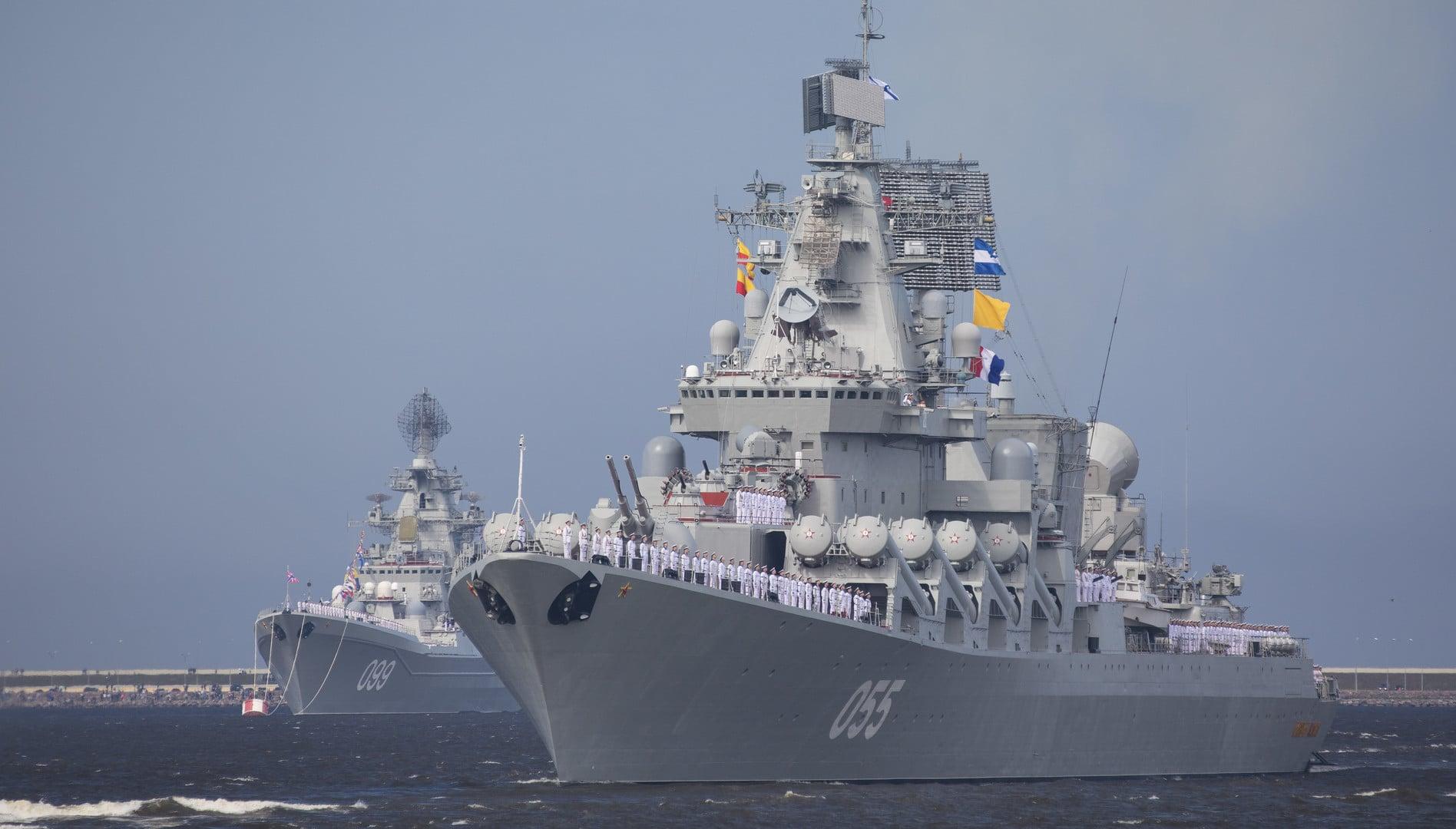 Orosz rakétahordozó cirkáló érkezett Fokvárosba