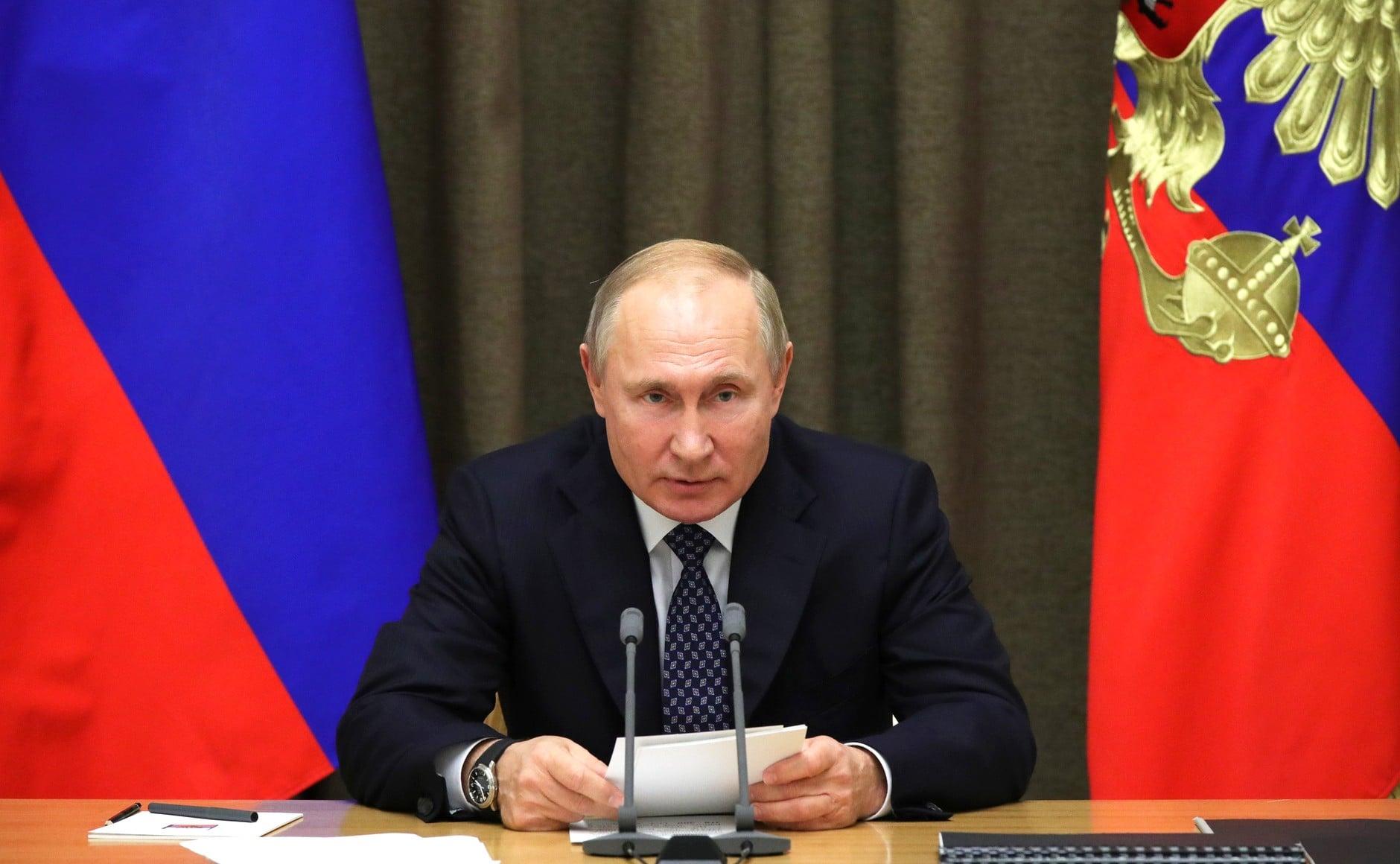 Putyin: veszélyt jelent Oroszországra a NATO bővítése