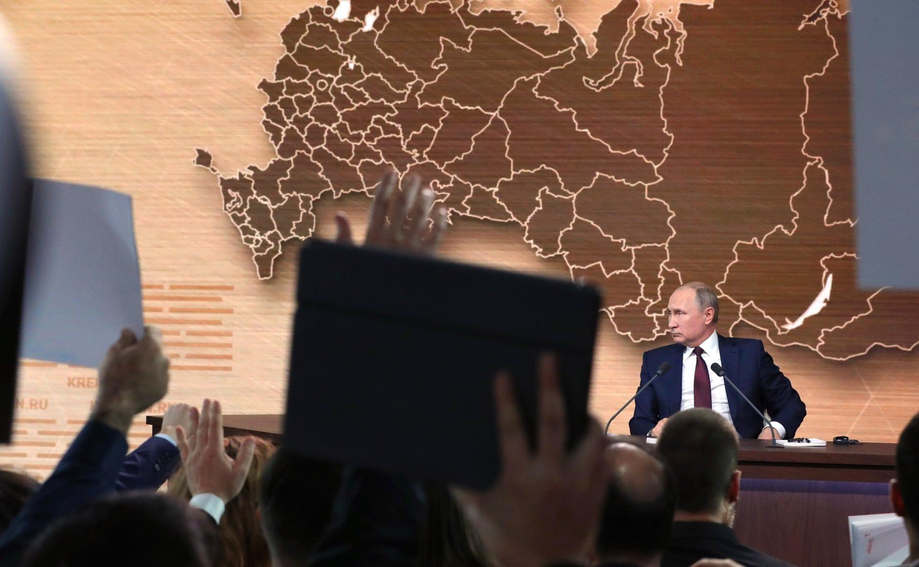 Április 22-én szavaznak Oroszországban az alkotmánymódosításról