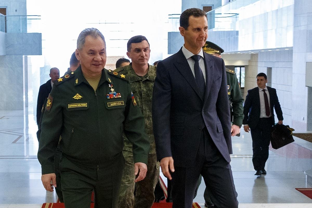 Az orosz védelmi miniszter az idlíbi fegyvernyugvásról tárgyalt Damaszkuszban